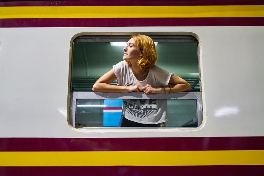 train-2076867_960_720.jpg