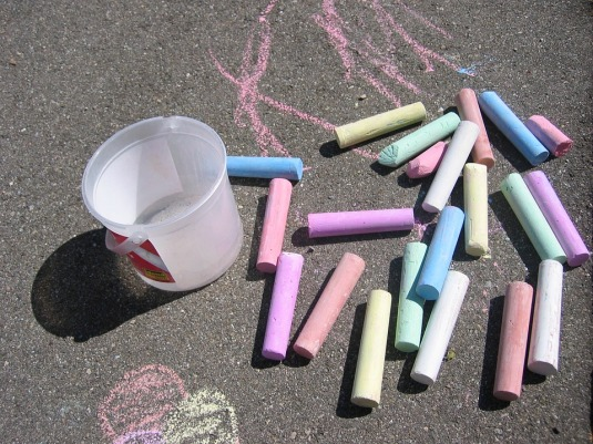 street-chalk-73583_960_720.jpg